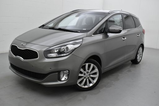 Kia Carens lounge 135