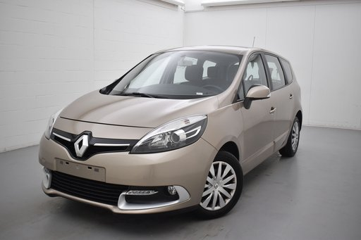 Renault Scenic DCI energy bose edition 110